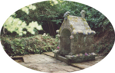 La Fontaine des des Vertus à Berric en Morbihan